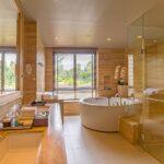DTKR-Suite Bathroom