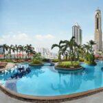 Amari Watergate Swimming Pool